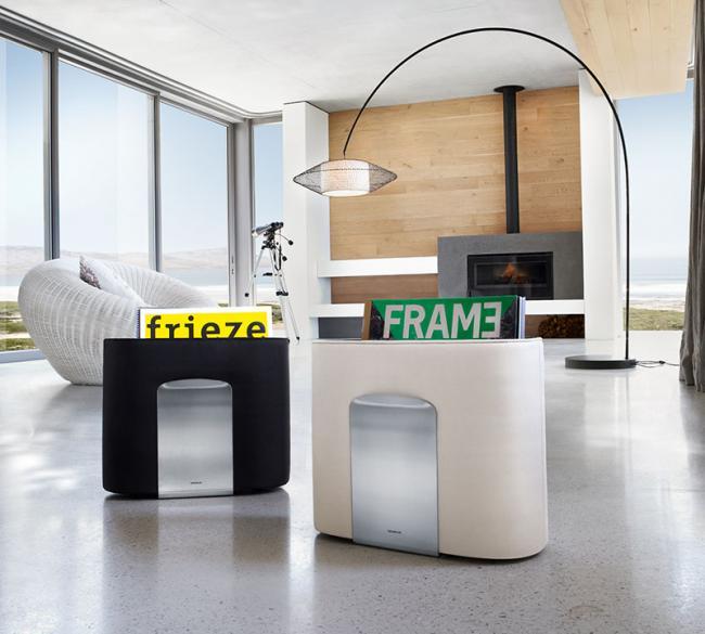 blomus zeitschriftenst nder spinta sand. Black Bedroom Furniture Sets. Home Design Ideas