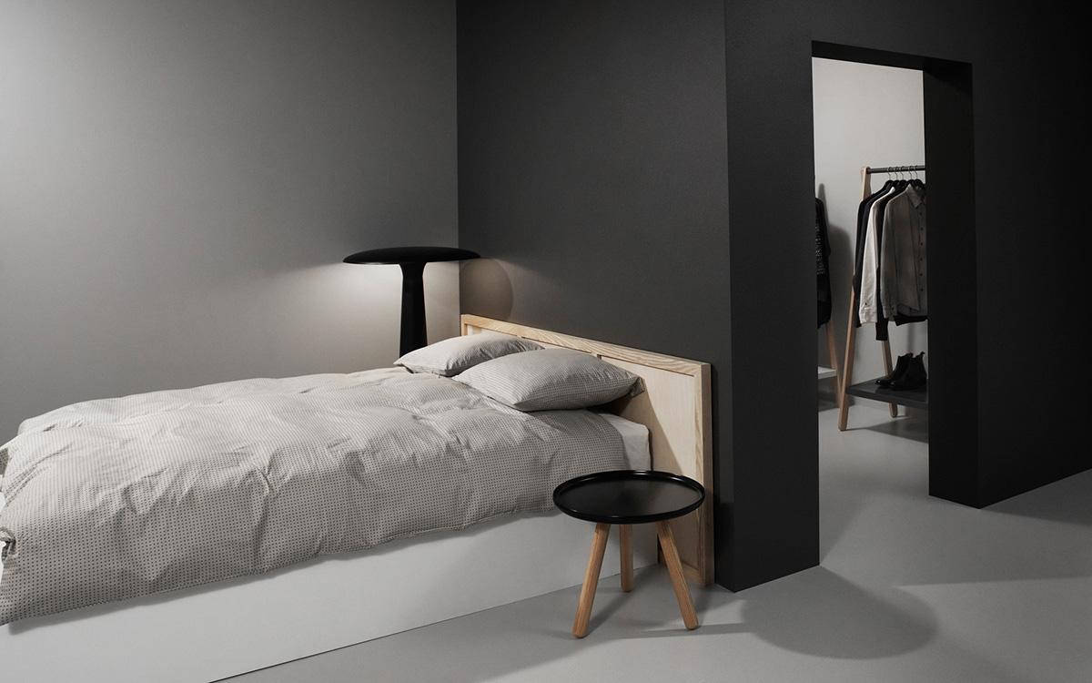 normann copenhagen couchtisch tablo table rund grau natur klein. Black Bedroom Furniture Sets. Home Design Ideas