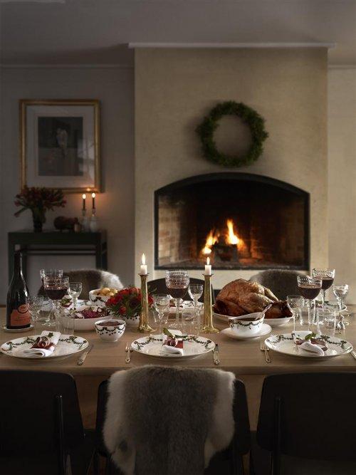 beilagenplatte star fluted christmas von royal copenhagen. Black Bedroom Furniture Sets. Home Design Ideas
