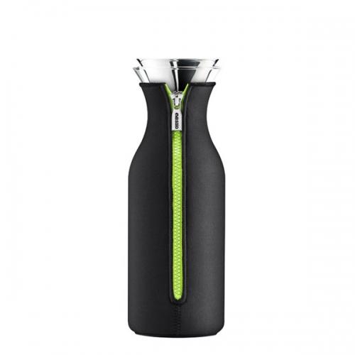 eva solo k hlschrank karaffe mit neoprenanzug black lime klein. Black Bedroom Furniture Sets. Home Design Ideas