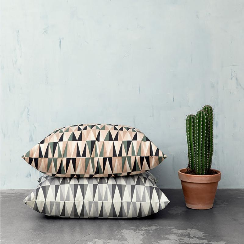 kissen spear floor rose von ferm living bei erkmann. Black Bedroom Furniture Sets. Home Design Ideas