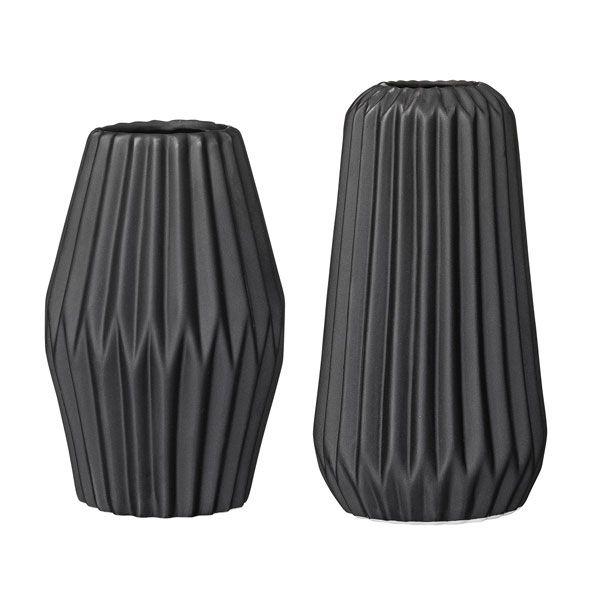 bloomingville vasen fluted schwarz 2 teilig. Black Bedroom Furniture Sets. Home Design Ideas
