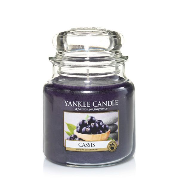 duftkerze cassis 411g von yankee candle bei erkmann. Black Bedroom Furniture Sets. Home Design Ideas