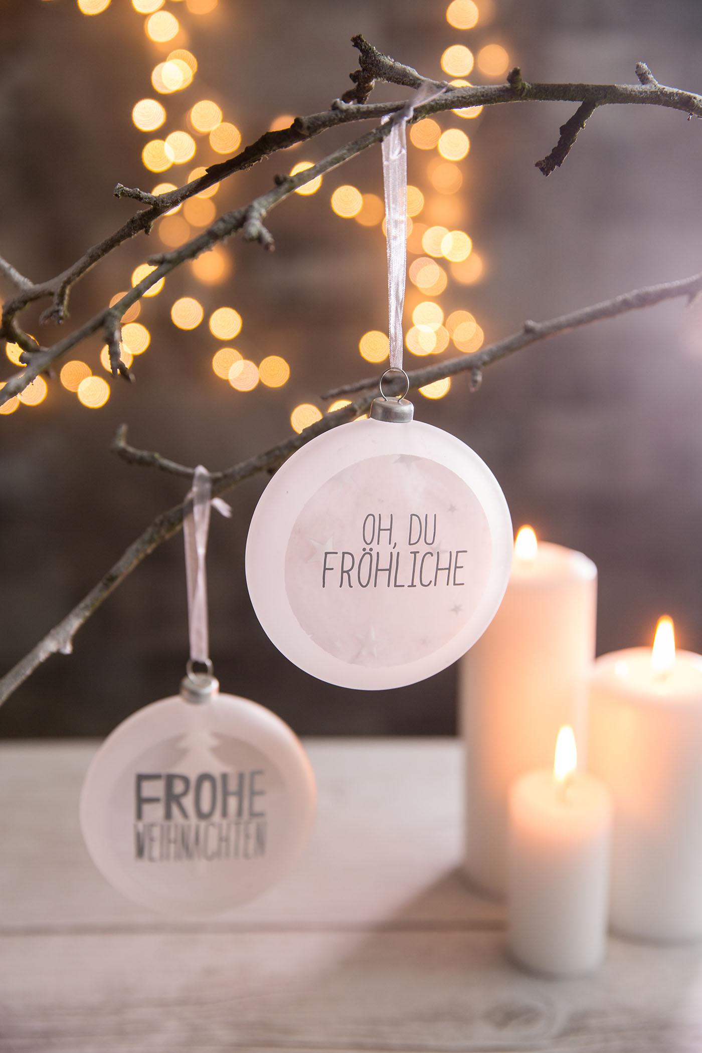 christbaum medaillon frohe weihnachten von r der design. Black Bedroom Furniture Sets. Home Design Ideas