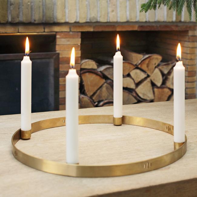 ferm living kerzenhalter circle eur 110 60 ihr online shop f r wohnen design. Black Bedroom Furniture Sets. Home Design Ideas