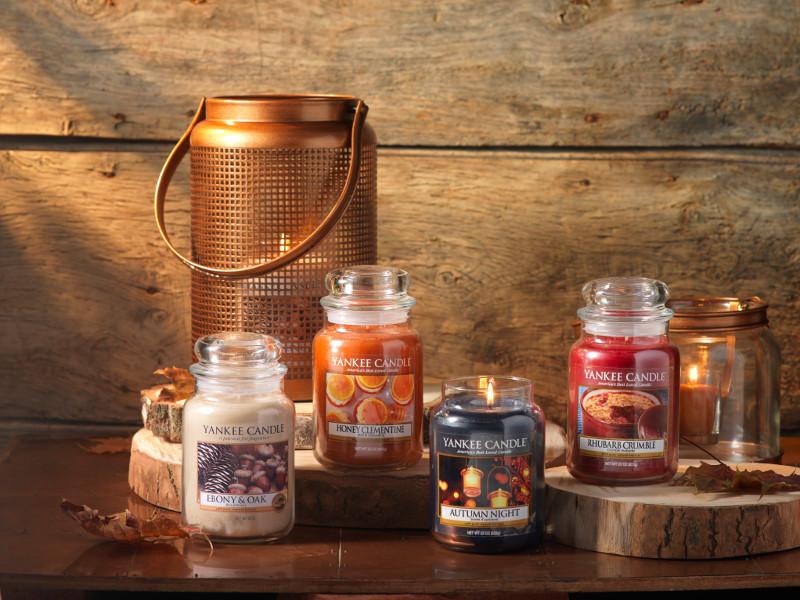 housewarmer autumn night 411g von yankee candle. Black Bedroom Furniture Sets. Home Design Ideas