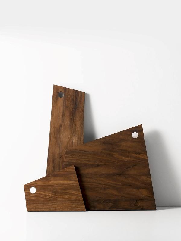 ferm living schneidebrett asymmetric klein eur 20 00. Black Bedroom Furniture Sets. Home Design Ideas