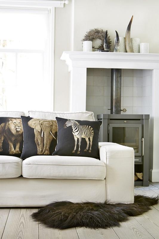 kissen zebra von mars more. Black Bedroom Furniture Sets. Home Design Ideas