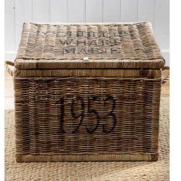 beistelltisch truhe cobblers rustic rattan mittel von. Black Bedroom Furniture Sets. Home Design Ideas