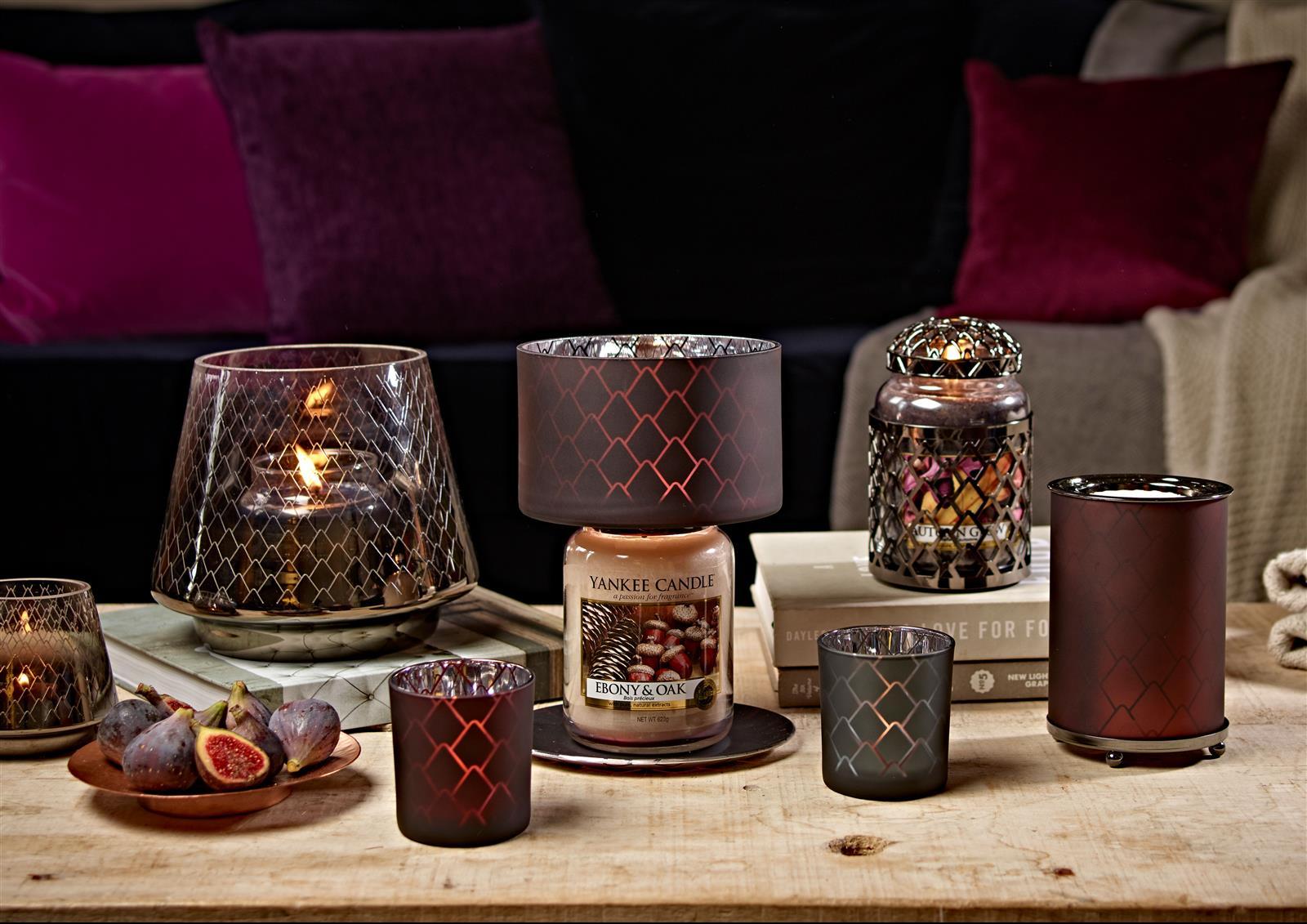 kerzenhalter pinecone lantern glass von yankee candle. Black Bedroom Furniture Sets. Home Design Ideas