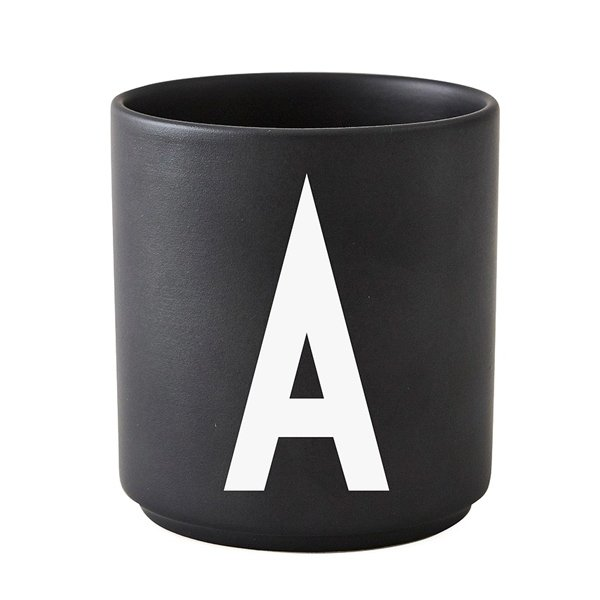 tasse schwarz buchstabe a von design letters. Black Bedroom Furniture Sets. Home Design Ideas