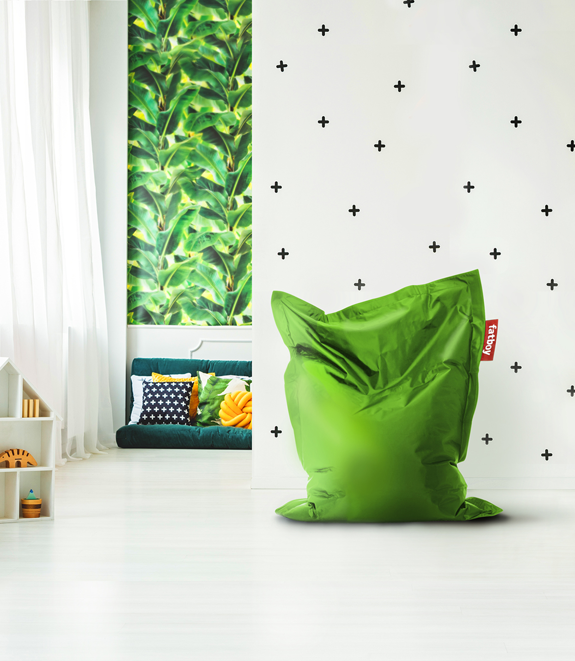 sitzsack junior wei von fatboy. Black Bedroom Furniture Sets. Home Design Ideas