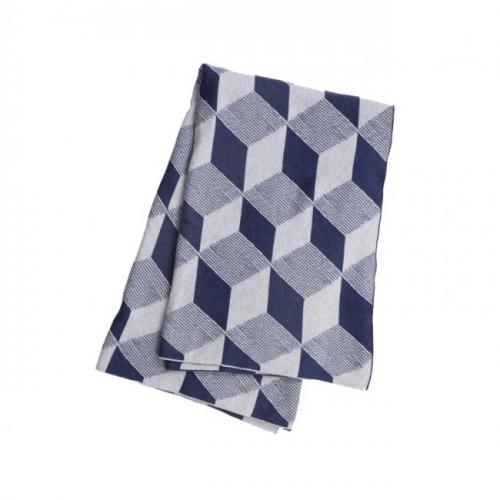 ferm living decke squares blau. Black Bedroom Furniture Sets. Home Design Ideas