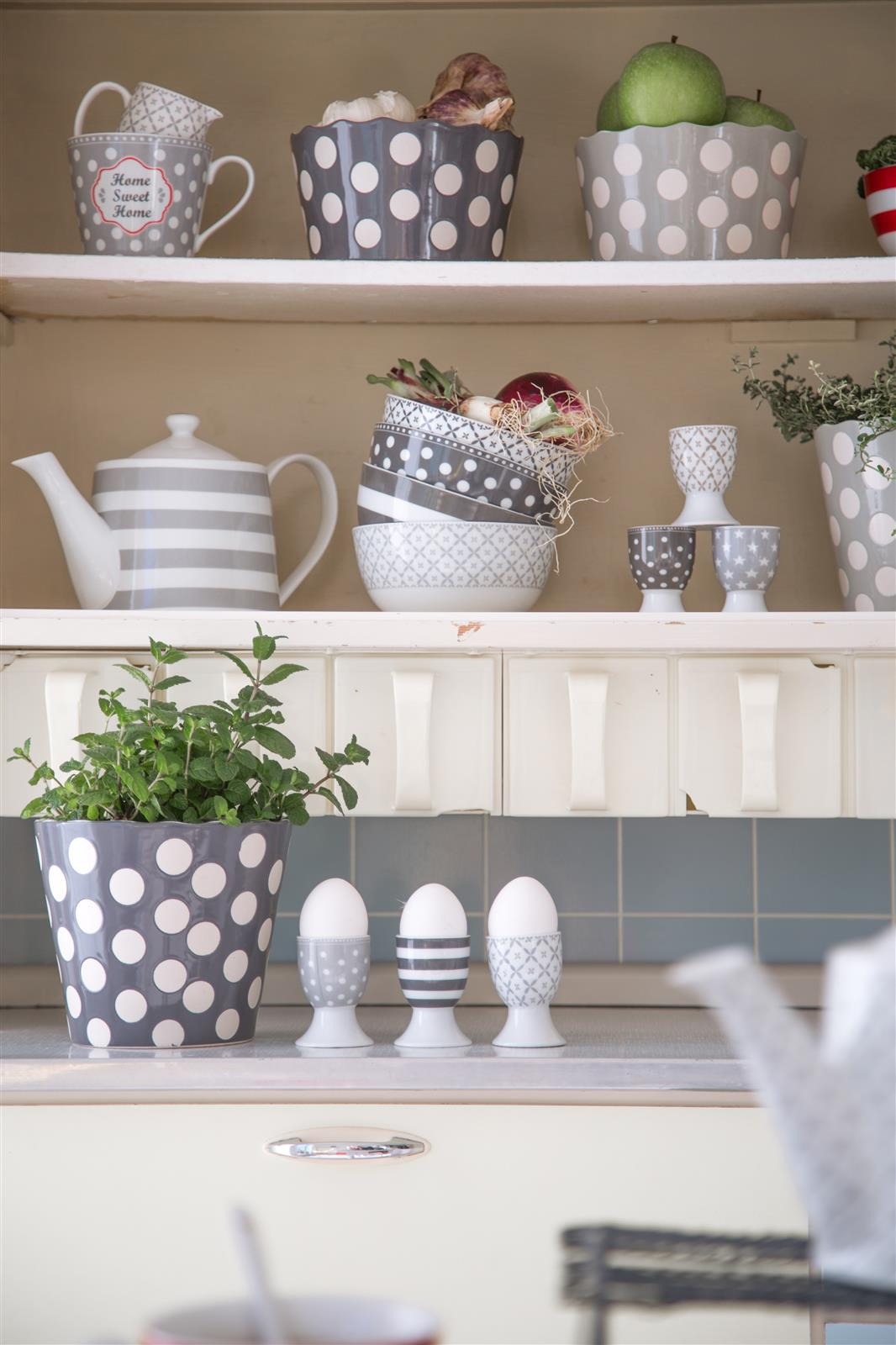 becher latte macchiato charcoal von krasilnikoff. Black Bedroom Furniture Sets. Home Design Ideas