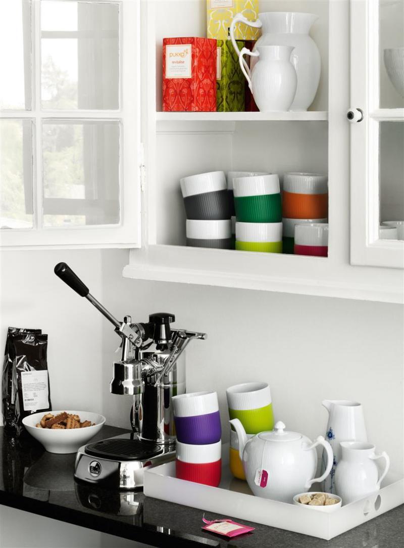 becher contrast elefantengrau von royal copenhagen. Black Bedroom Furniture Sets. Home Design Ideas