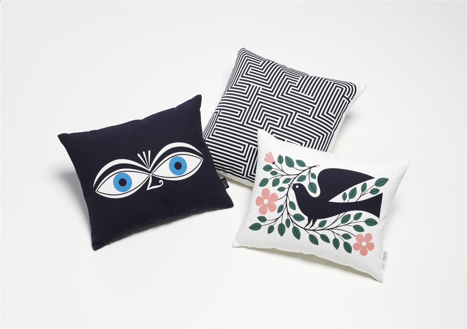 kissen graphic print love eyes von vitra. Black Bedroom Furniture Sets. Home Design Ideas